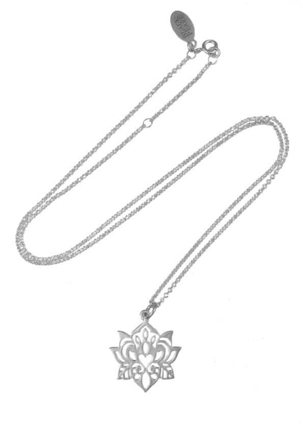 Lotus Necklace Silver