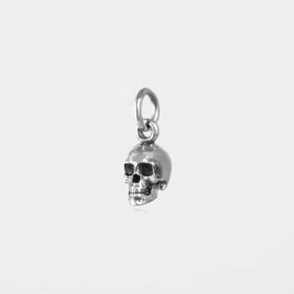 Small Skull Pendant Silver