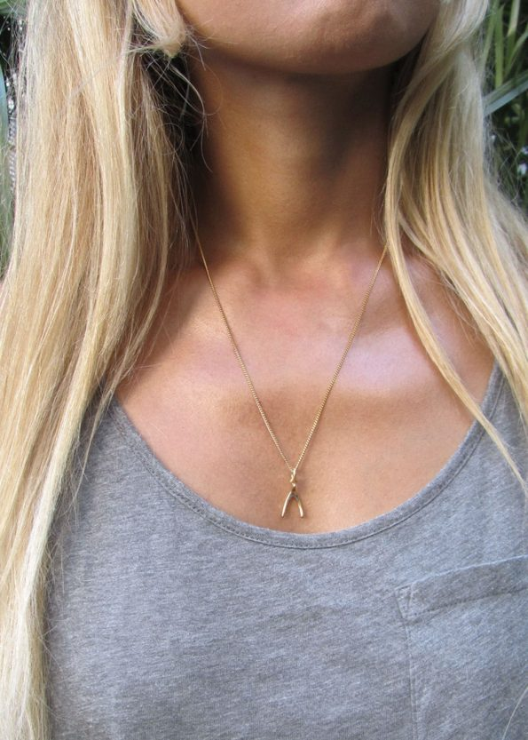 Small Wishbone Necklace Gold