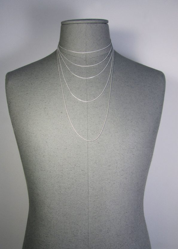 TRACE-FINE-SIL-BUST-MALE